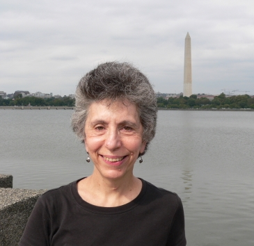 Robin Siegel Awarded HSLANJ's Health Sciences Librarian of the Year 2014